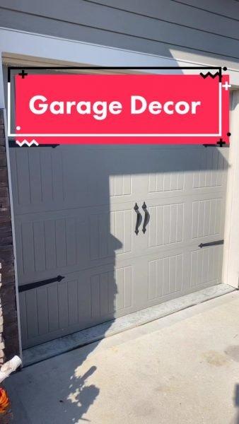 Garage Magnet Decor